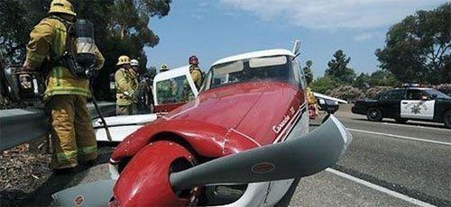 Aterrizaje de emergencia en California