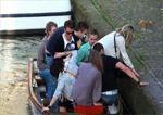 Remojo en un canal de Amsterdam