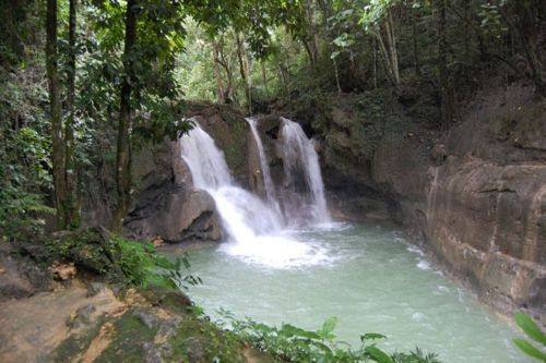 dangerous_waterfalls_01