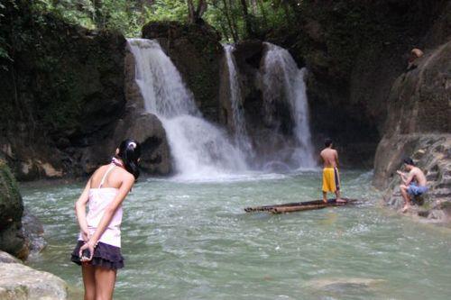 dangerous_waterfalls_03