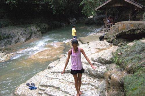 dangerous_waterfalls_06