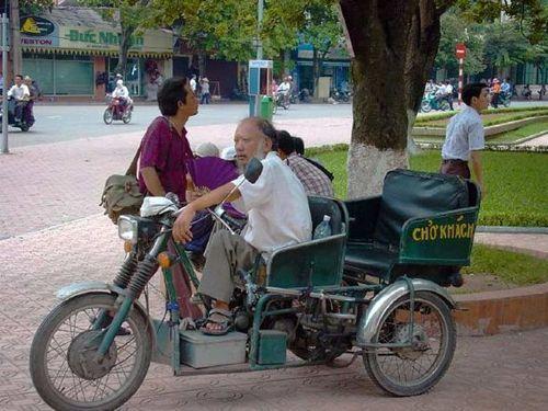 hanoy-vietnany_taxis_05