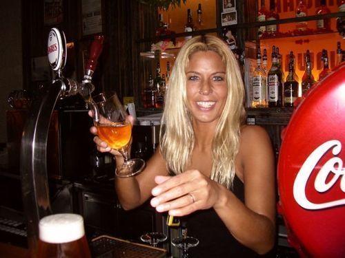 hot_bartenders_01