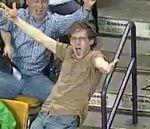 Fan de los Celtic poseido por el ritmo de Bon Jovi