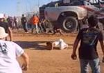 Se tumba en la pista en un Rally