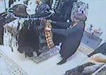 Mujeres pilladas mientras robaban